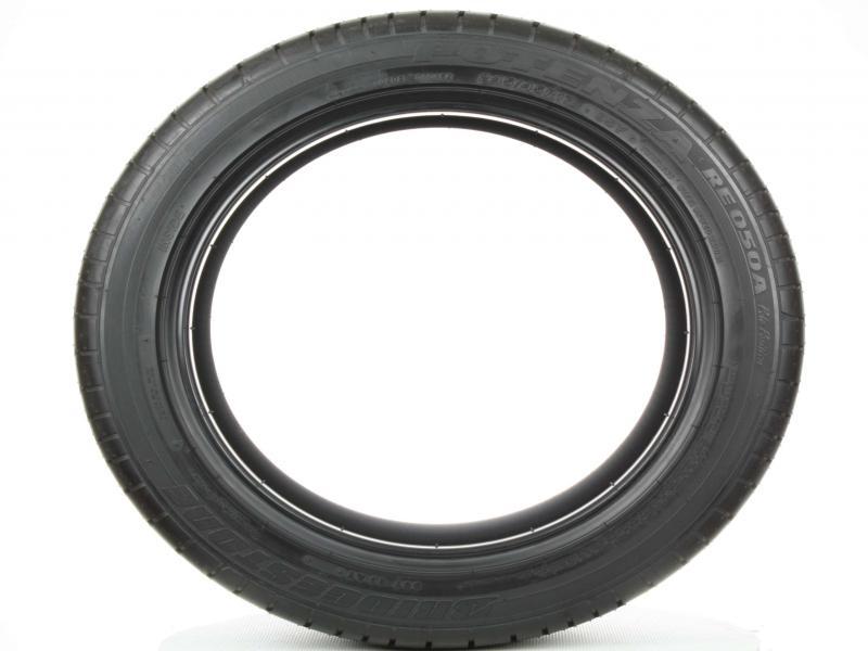 Bridgestone Potenza Re050a Pole Position